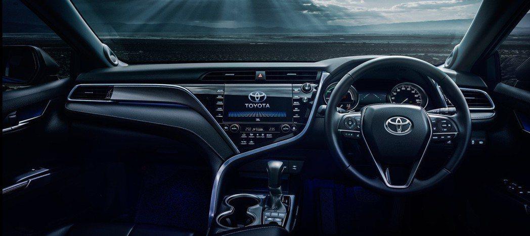 Toyota Camry WS皮革版車型內裝。 摘自Toyota