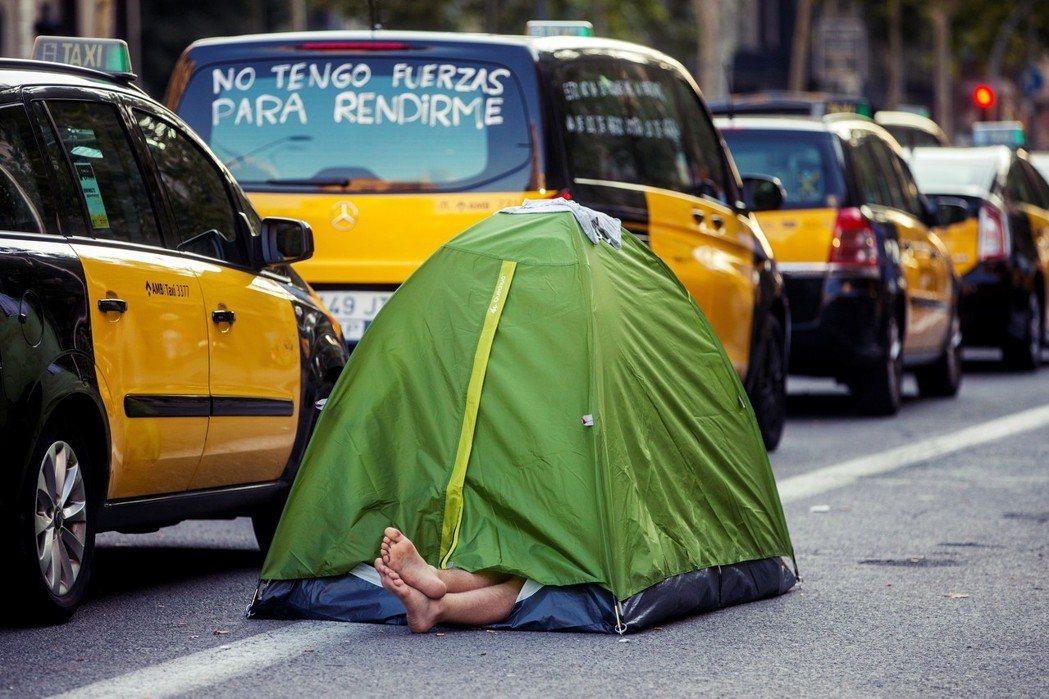 西班牙計程車工會之所以要和Uber、Cabify這類app拼命,主要原因之一,就...