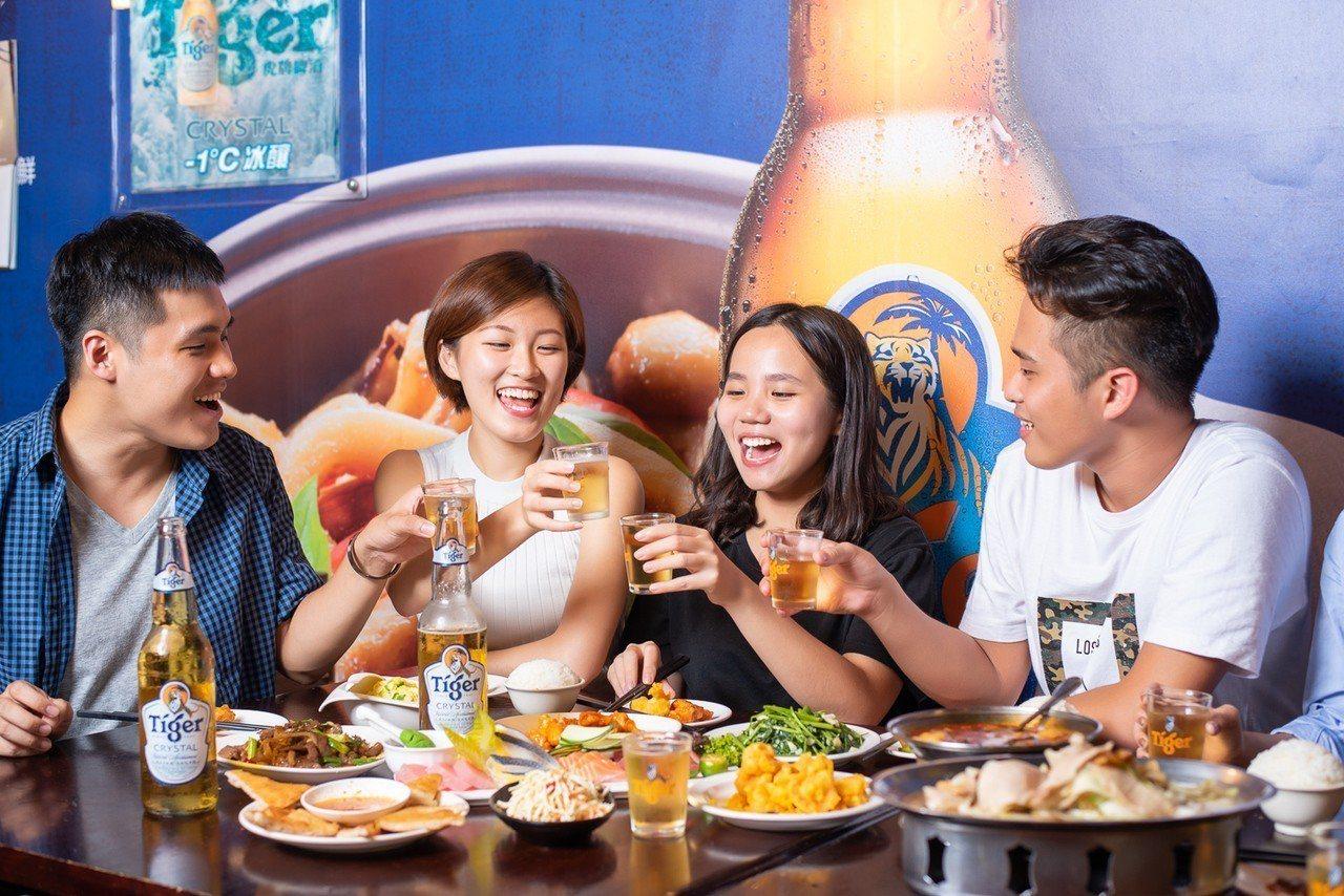 炎夏聚餐最要降溫,虎牌啤酒推出-1C冰釀。圖/虎牌啤酒提供 ※ 提醒您...
