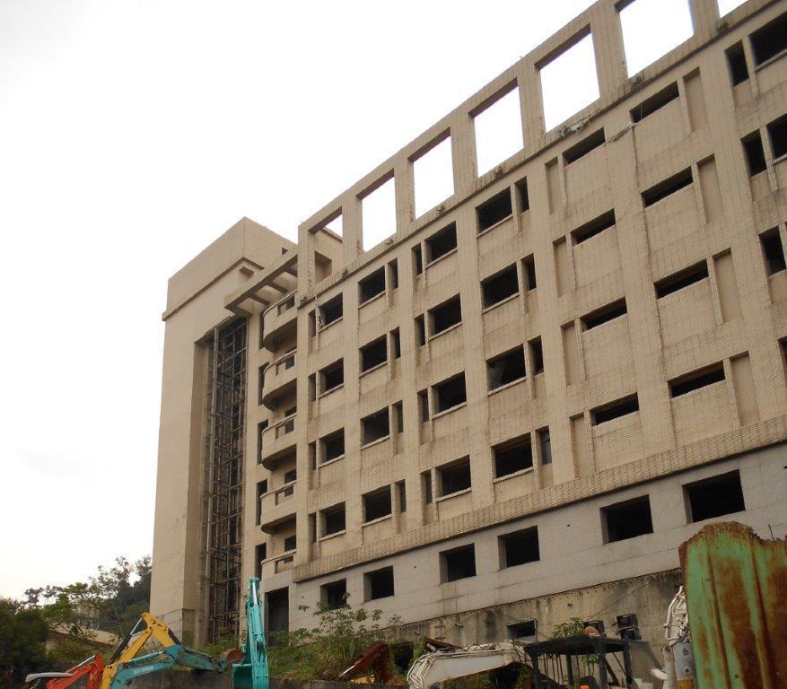 桃園分署將法拍龍潭區地上6樓、地下3樓的醫療空屋。圖/桃園分署提供