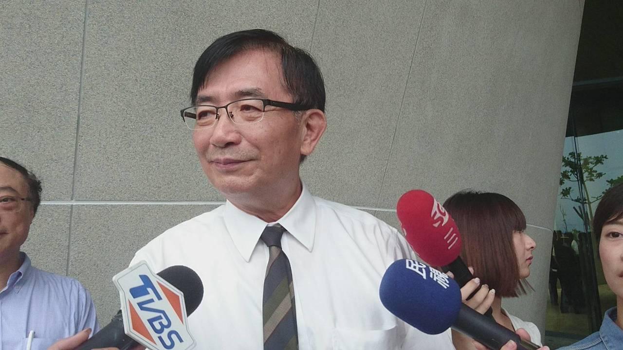 高鐵會延伸到宜蘭嗎?交通部長吳宏謀今天受訪時回答了。記者羅建旺/攝影