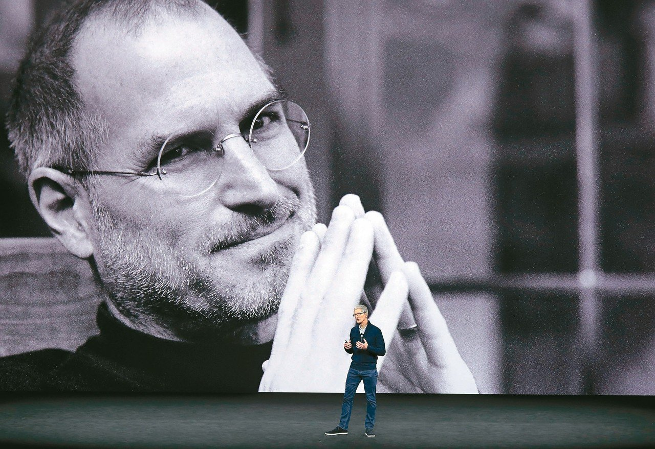 蘋果(Apple)公司二日市值突破一兆美元,成為目前全球市值最高的上市公司。圖為...