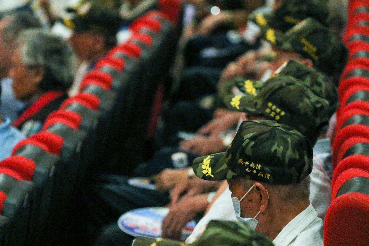 八二三砲戰勝利60周年,中華民國八二三戰役戰友總會昨舉辦追思紀念會。 記者王敏旭...