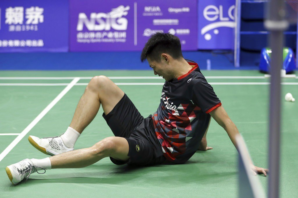 馬來西亞羽球好手劉國倫,昨日世錦賽男單8強賽打出生涯代表作,即使跌倒扭傷仍繼續奮...