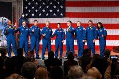 美重返爭霸 SpaceX誓言明年送人上太空