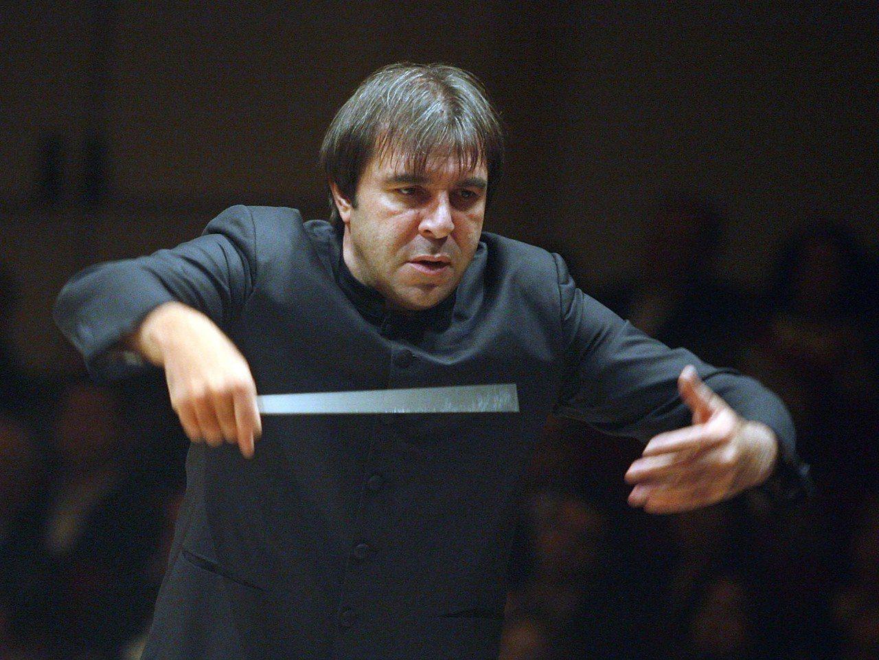 指揮家嘎提爆性騷,遭荷蘭大會堂管弦樂團開除。 美聯社