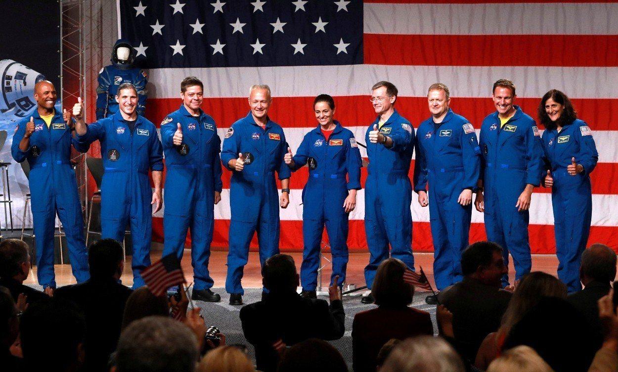 NASA公布9名太空人名單,2019年他們將搭乘太空船上國際太空站。 路透社