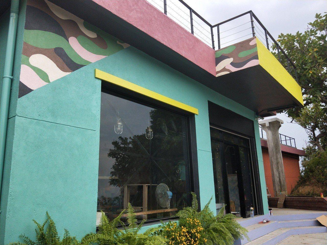 和平島最高點的軍方舊雷達站改造成景觀餐廳。記者游明煌/攝影