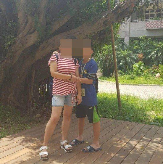 楊姓母親與陳姓小兒子宣告不治。圖/翻攝自楊女臉書