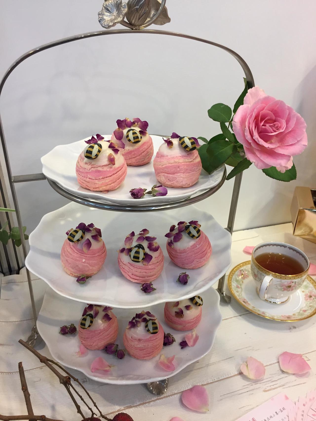 迎接台中花博,台中市政府與糕餅公會優良糕餅店家合作,持續開發具代表性及話題的特色...