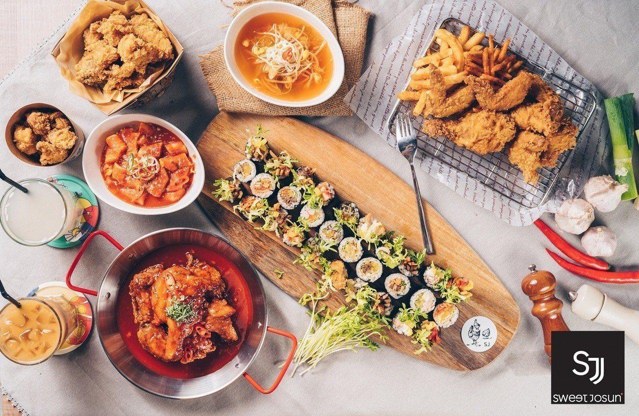 sweet josun有韓式炸雞、年糕、飯捲等選擇。圖/微風提供