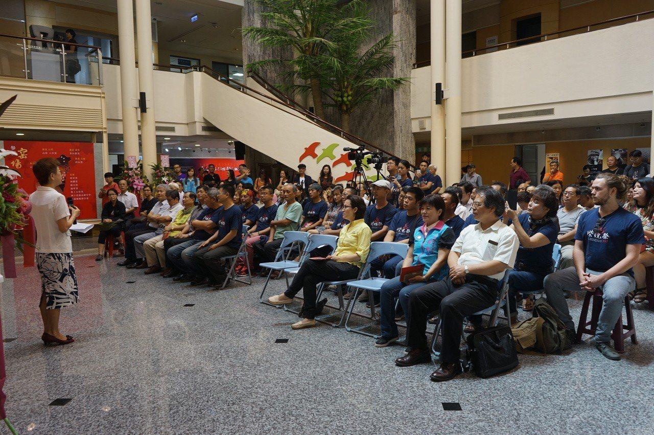 花蓮國際柴燒藝術祭今天上午在文化局美術館開幕。記者王燕華/攝影