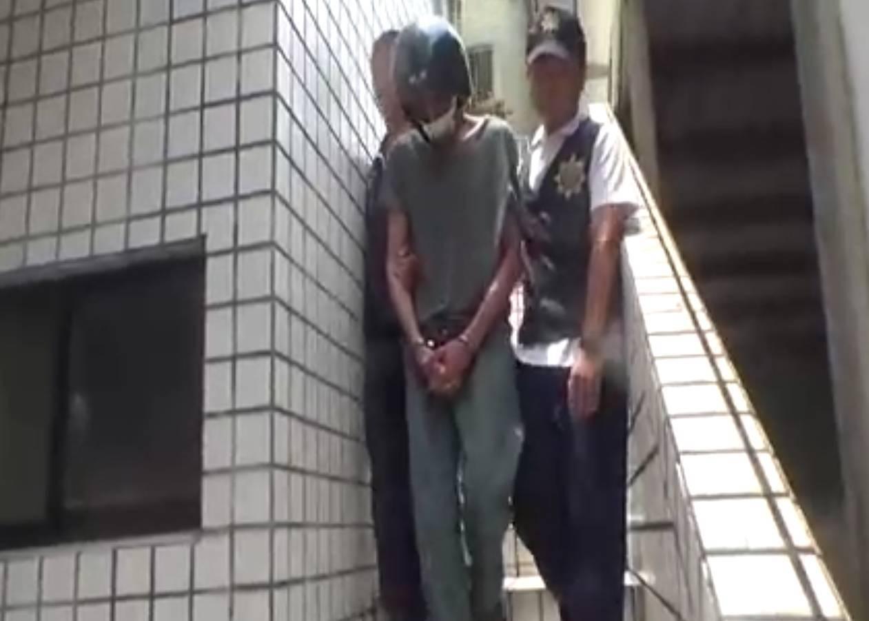 嫌犯被捕照片。圖/記者戴永華攝影