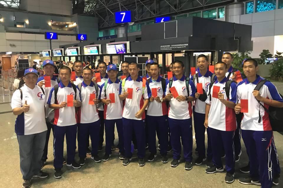 以平鎮高中為代表的中華青棒代表隊,參與美國小馬聯盟青棒賽2連勝,再1勝就晉冠軍戰...