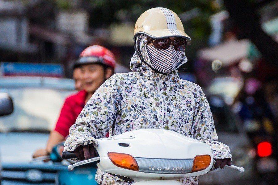 即使空汙指數低於平均指數(每立方米25微克),生活在每立方米8-12微克的低汙染...