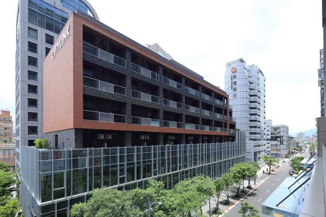 潤泰創新在台北松山車站推出,只有房屋「使用權」的建案。圖/潤泰創新提供