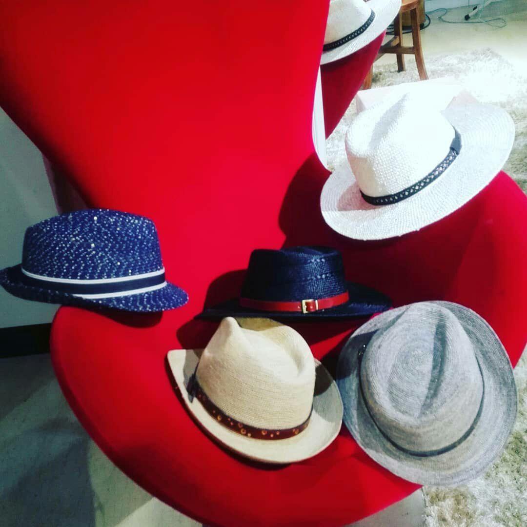 簡建興英式淑女帽個展自即日起到8月15日在台北大葉高島屋展出,想要學做帽子者,不...