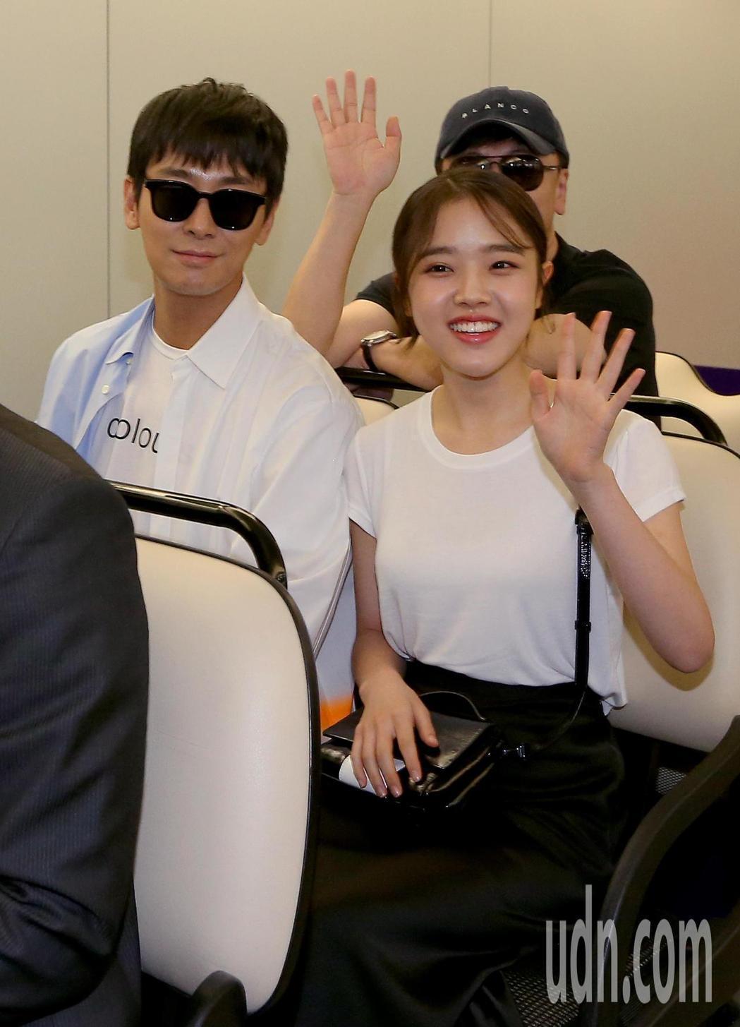 朱智勛(左)、金香起(右)來台宣傳電影「與神同行:最終審判」。記者陳嘉寧/攝影