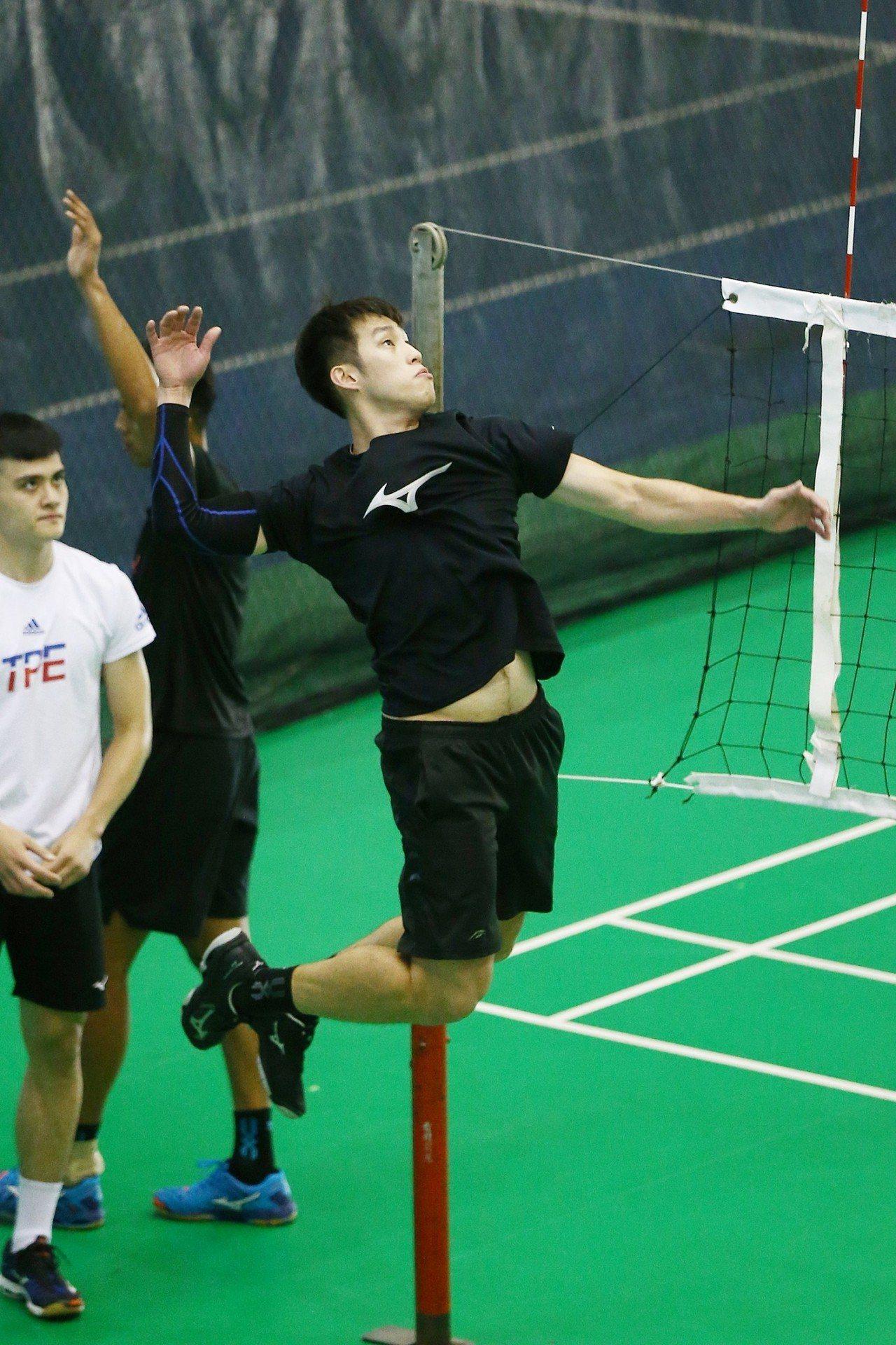 許美中進步令教練陳裕安印象深刻。圖/中華排球協會提供。