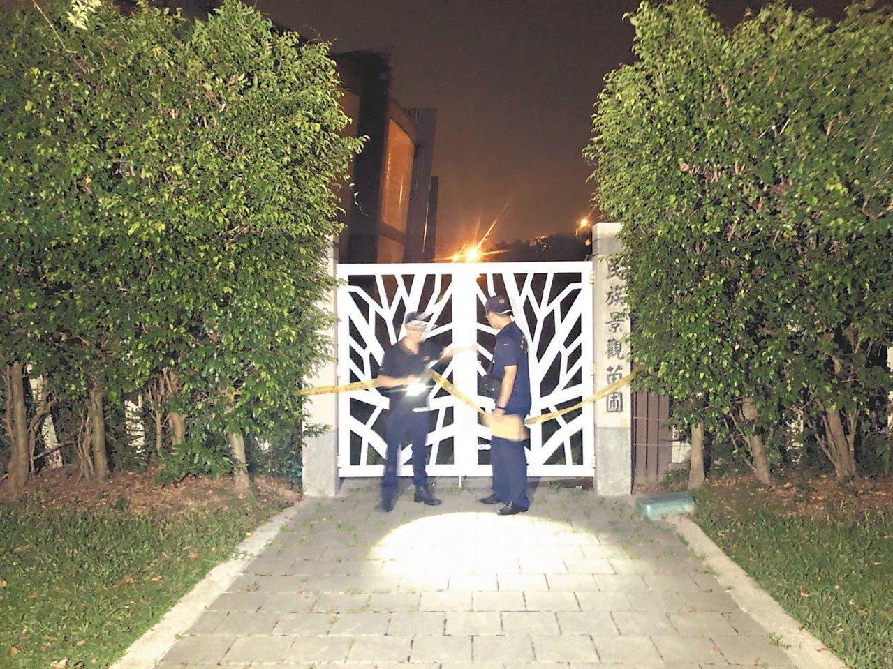 狄姓少年昨凌晨酒後帶外國友人闖入台北花博公園苗圃,未料他踩破採光罩墜樓身亡。 記...