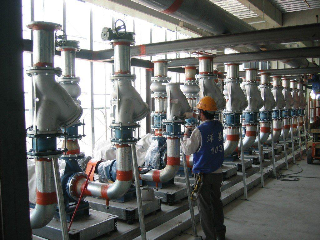 洋基工程以累積將近40年的工程經驗,承攬高科技產業無塵室及機電空調之統包工程。洋...