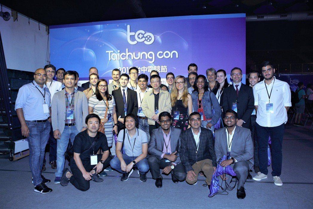 國際電子競技聯合會組織參訪團來到「2018台中電競節」