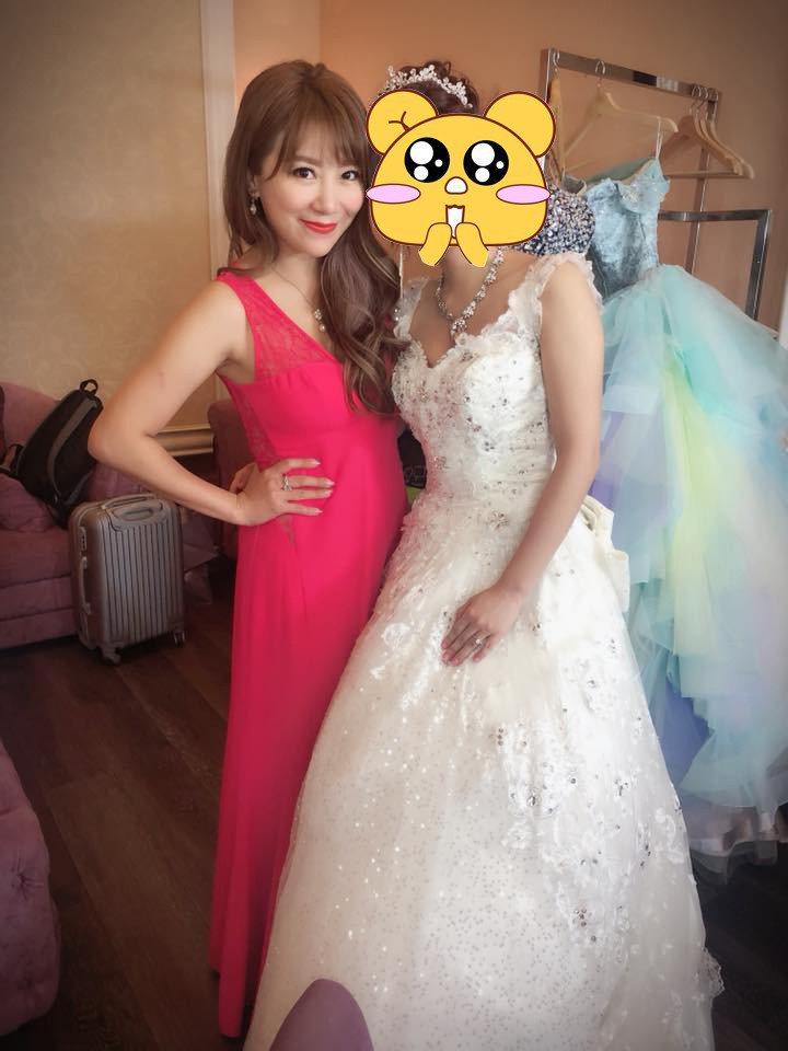 佩甄參加粉絲婚禮。圖/擷自臉書