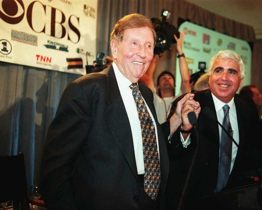 維亞康姆在1999年9月宣布以370億美元(約新台幣1.1兆)收購CBS,隔年完...
