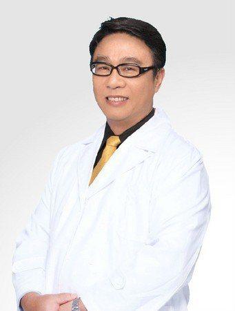 愛爾麗診所章一鳴醫師表示,想要體驗雷射療程,可以選擇療程迅速、疼痛感較低的探索皮...