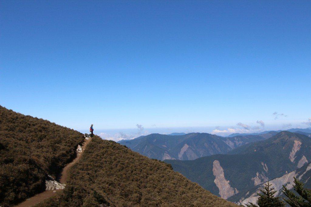 ▲台東秘境景點-嘉明湖登山路線。(圖/Tripbaa趣吧!亞洲自由行專家)