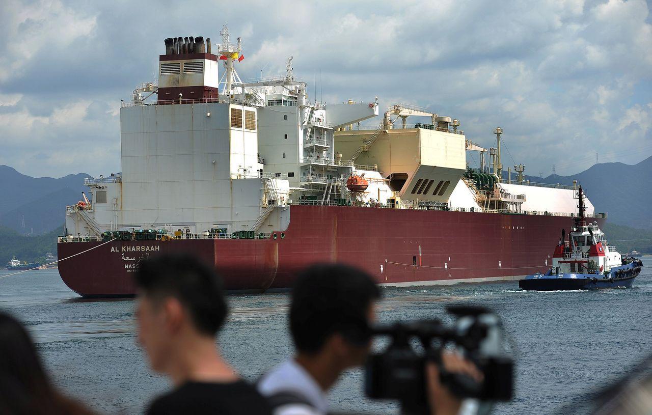 中國上周五揚言對600億美元的美國貨加徵關稅,其中包括液化天然氣。路透