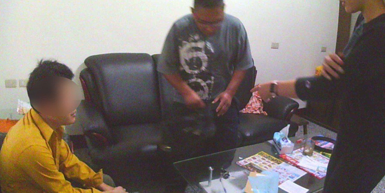 警方迅速逮獲行竊歹徒,落網日剛好是被害人母親百日。記者翁禎霞/翻攝