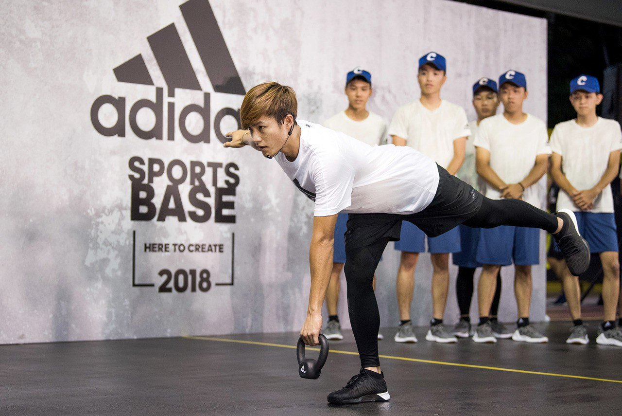 李宗賢提到自己在體能訓練上首重強化下肢力量,在守備時可有效提升移位的速度與敏捷性...