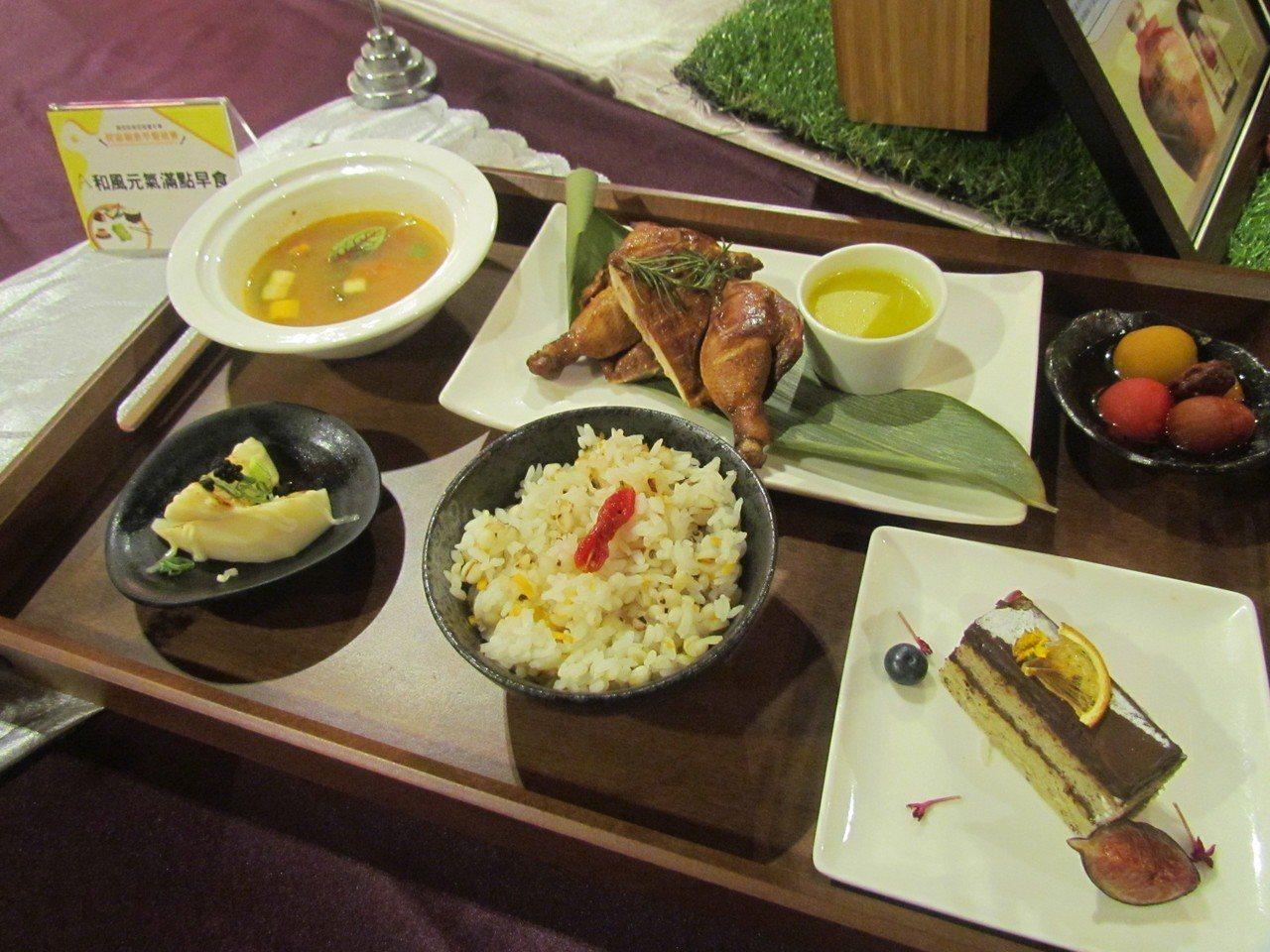 南投縣民宿特色早餐競賽,每家民宿主人都賣力推出好料理。記者張家樂/攝影