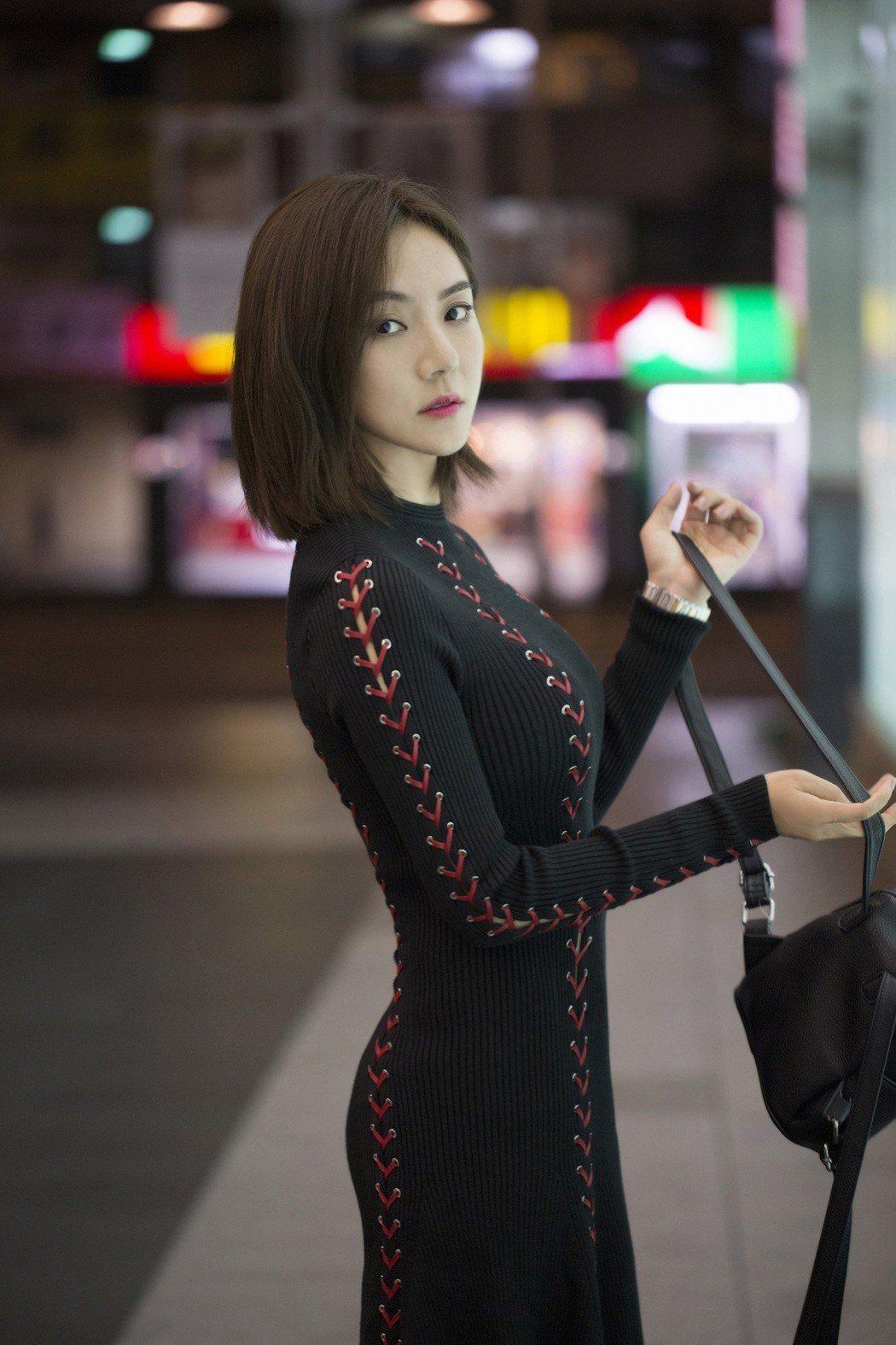 新瑤來台拍攝MV。圖/東聲唱片提供