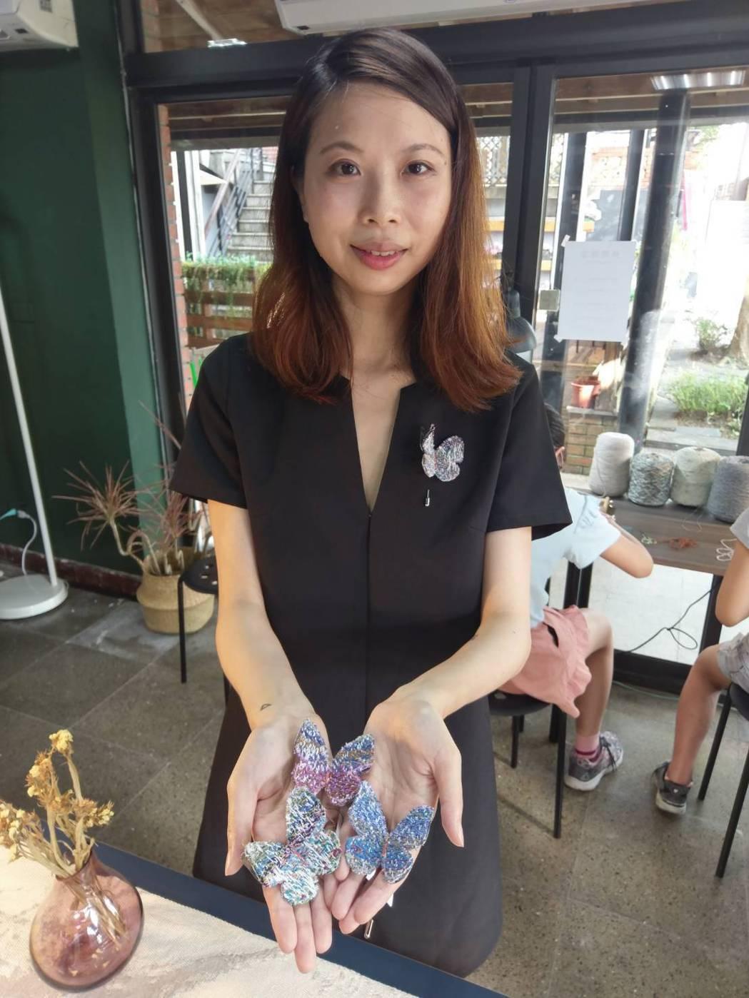 梭織李偵綾老師作品中經常出現蝴蝶的元素,與喪父心情的自我修復有關。傳藝中心/提供