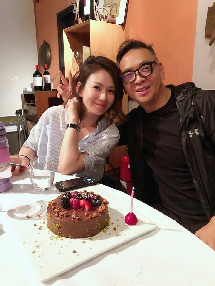 Melody和富商老公吳育奇。圖/擷自facebook