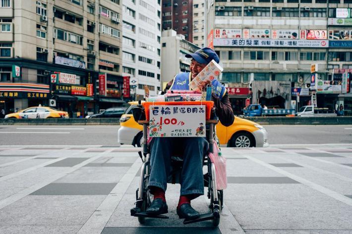 點點善、人生百味以及新巨輪服務協會聯手發起「天賦城市街賣募資計畫」,望能從根本改...