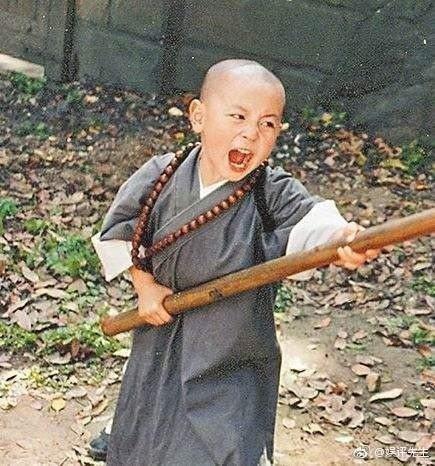 釋小龍小時候相當可愛。圖/摘自微博