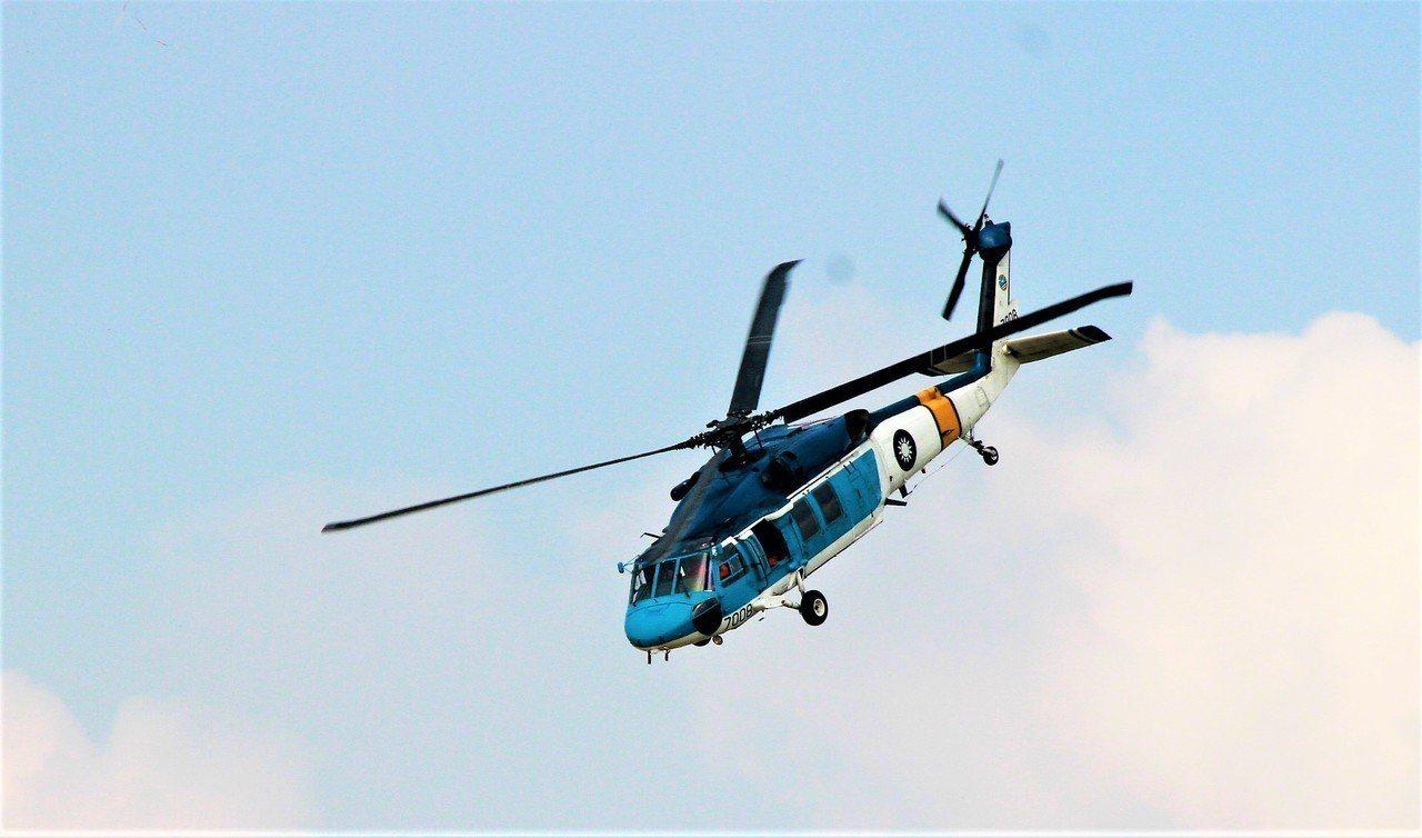 S70C飛行表演。記者卜敏正/攝影
