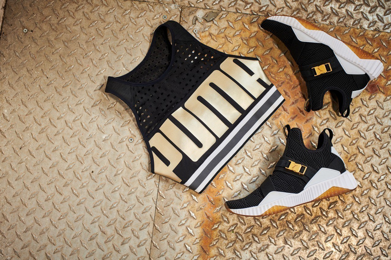 PUMA中衝擊運動內衣1,380元、 Defy Mid系列訓練鞋3,380元。圖...