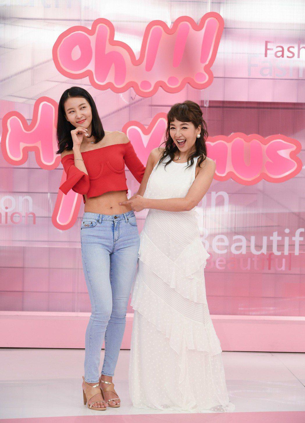 韓國女星金正慜(左)和路嘉怡。圖/三立提供