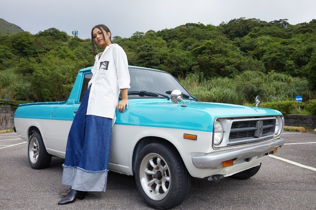 宋楚琳推出個人首支單曲「藍色小貨車」。圖/寰亞唱片提供