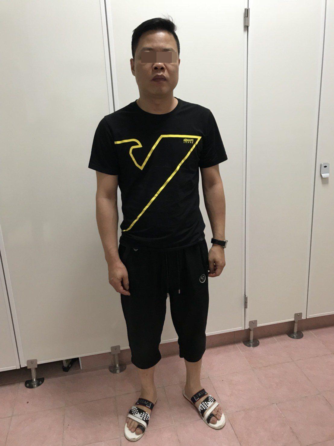 警方逮捕詐欺集團主嫌謝姓男子。記者劉星君/翻攝
