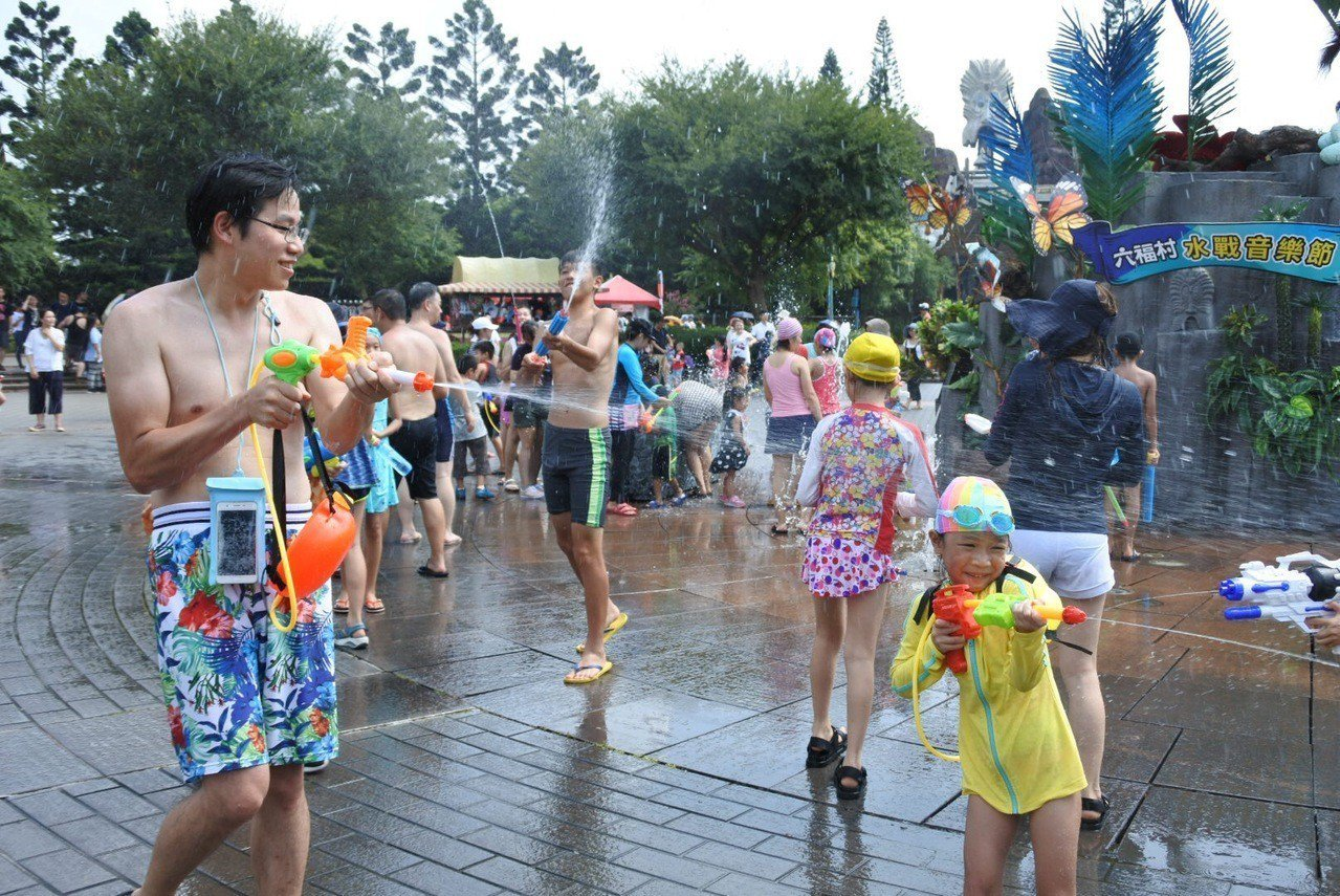 六福村水戰音樂節,歡迎親子一起來共創美好回憶。圖/六福村提供