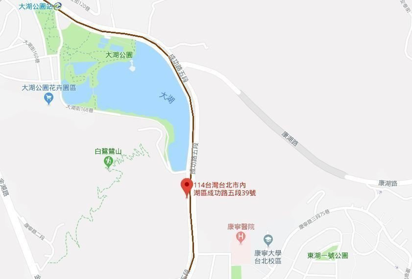 一名39歲何姓男子今天下午近5時在內湖成功路五段某宮廟旁,疑遭人持刀砍傷。圖/g...