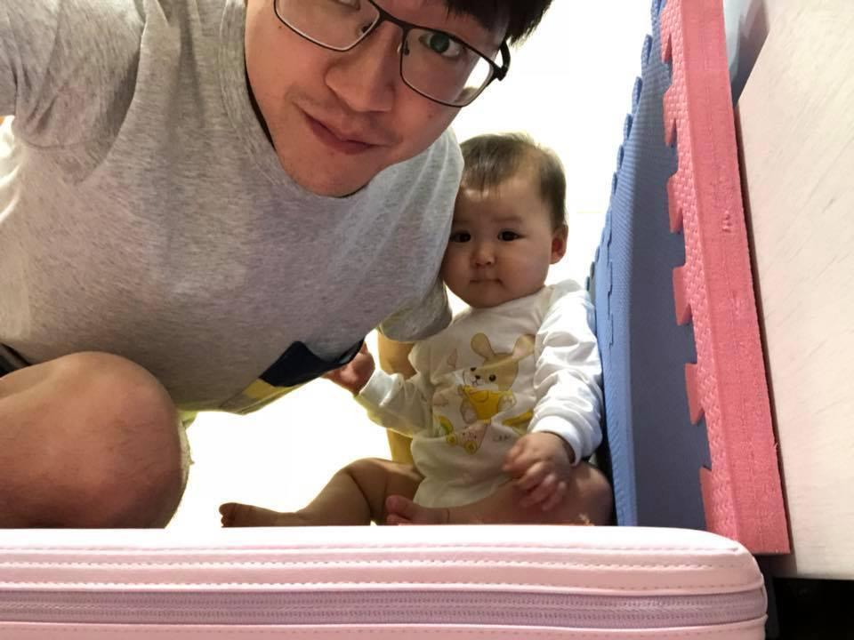 江宏傑日前曾曝光女兒萌照。圖/擷自臉書。