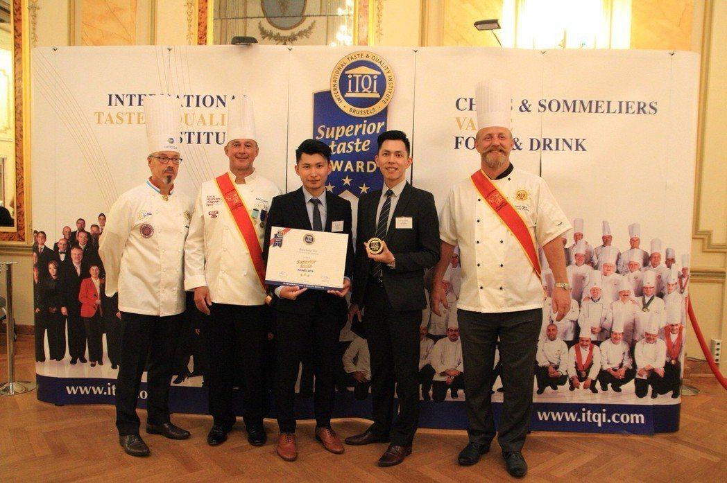 白家兄弟獲得2018-ITQI3星獎。 新北農業局/提供。