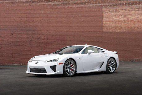 天使之聲!開不到200公里的Lexus LFA等你去競標!