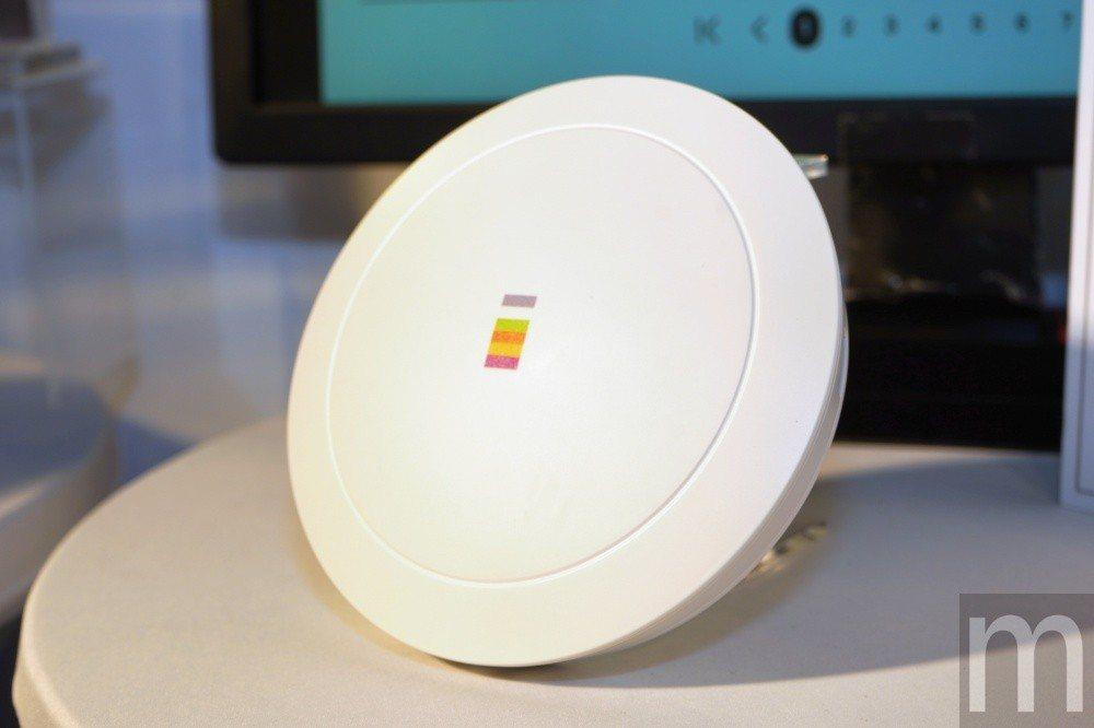 強調僅記錄不具名MAC address,藉此判斷使用者是否經常造訪店內消費的「飛...